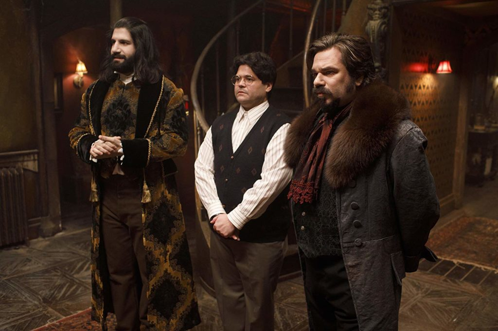 "[REVIEW] – WHAT WE DO IN THE SHADOWS S1 – EPISODE 1: ""Pilot"""