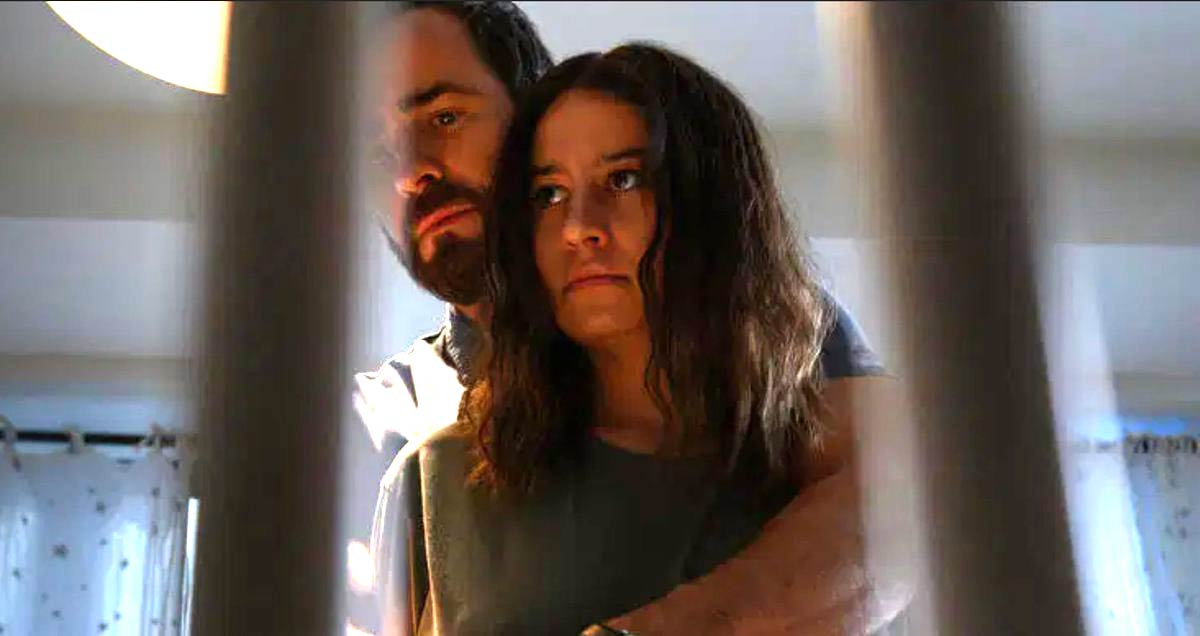 justin theroux as adrian and ilana glazer as lucy
